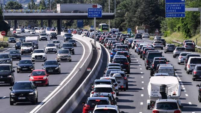 Vakantiedrukte op wegen naar zuiden: op hoogtepunt 1000 kilometer file in Frankrijk