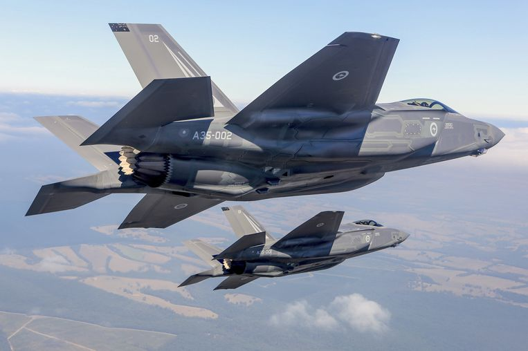 Twee F-35-toestellen. Beeld REUTERS