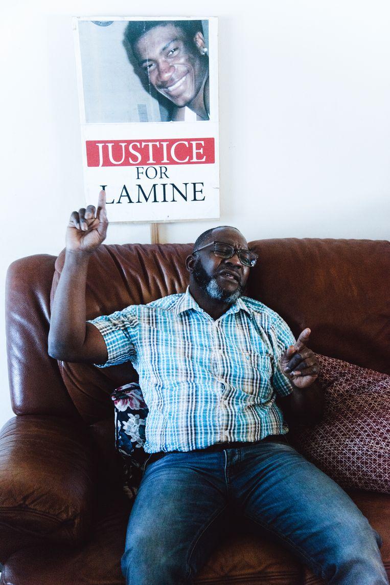 Jean-Pierre Bangoura: 'De wetsdokters zeiden toch dat mijn zoon is overleden aan verstikking, tijdens die politie-interventie?' Beeld Francis Vanhee