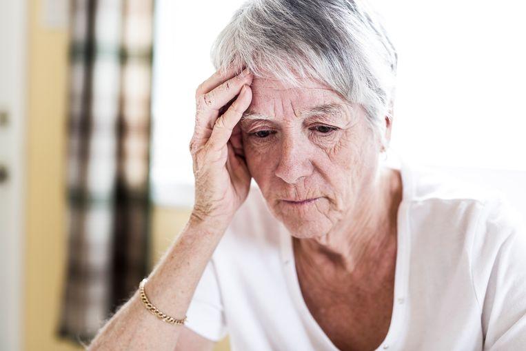 """Iedere zomer overlijden meer ouderen door hitte: """"Met die extreme warmte zitten ze vaak de hele dag binnen"""" Beeld Getty Images/iStockphoto"""