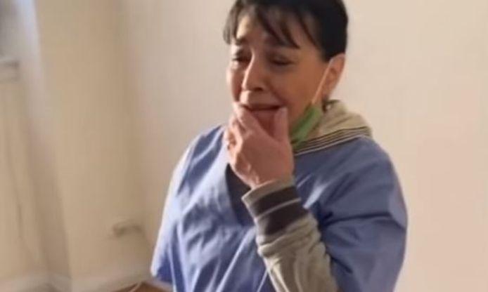 L'émotion de Rosa, soudain heureuse locataire d'un somptueux appartement à New York, a gagné les internautes