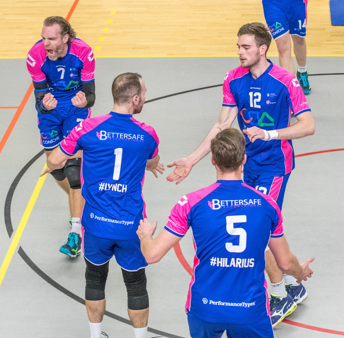 Opluchting bij Topvolleybal Zwolle, de mannen blijven in de eredivisie.