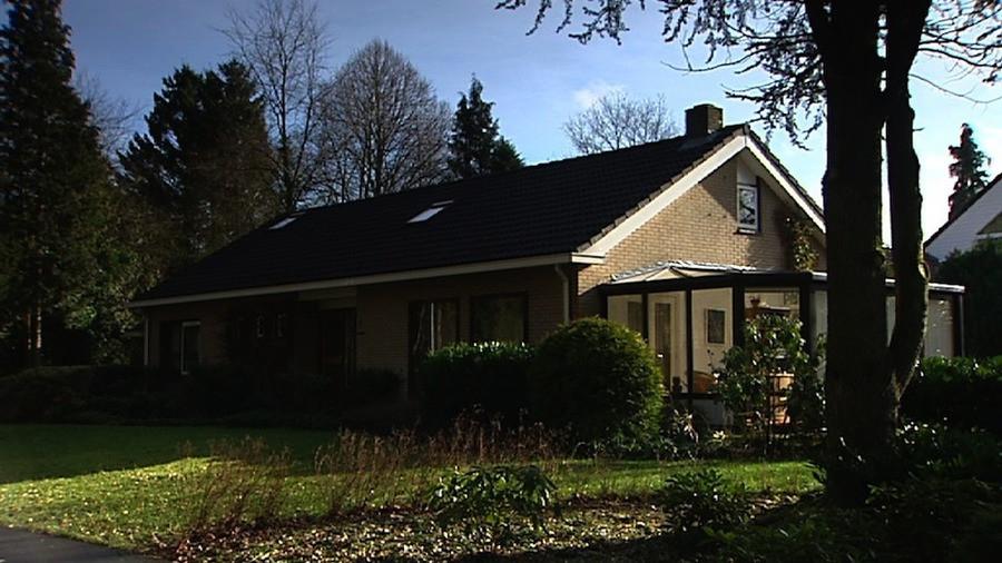 De woning van het vermoorde echtpaar aan de bosrand in Exloo