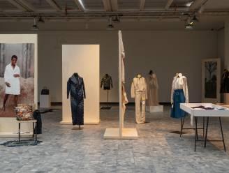 Kleding uit vissenhuid of jeans uit hennep: expo in Wintertuin vraagt zich af of 'mode de wereld kan redden'