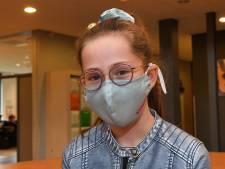 'Als leerling echt geen mondkapje wil, biedt school een faceshield aan'
