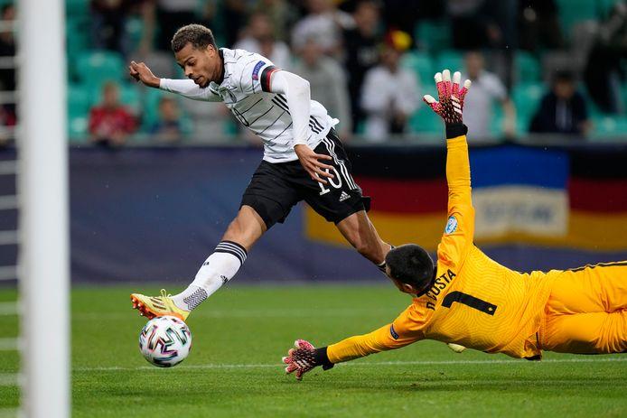Lukas Nmecha tekende net na de rust voor het enige doelpunt in de wedstrijd.