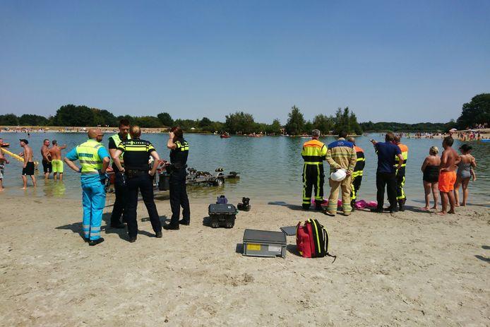 In de Galderse Meren verdronk een 24-jarige man uit Zundert.