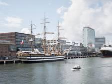 Imposante driemaster Amerigo Vespucci voor drie dagen in Amsterdam