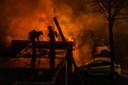 Grote schade na een autobrand aan de Nijenheim, in december vorig jaar.