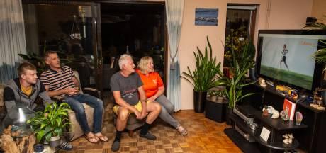 Zo beleefden de ouders van Bredase olympiër Maya Kingma haar triatlon: 'Ze heeft hard gevochten'
