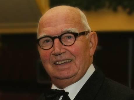 Dansleraar, dj en gastheer Hans Eppink (81) is overleden: 'De muziek viel letterlijk stil'