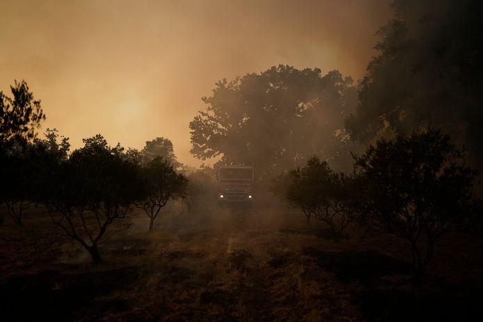 Een brandweerwagen nabij Le Luc.