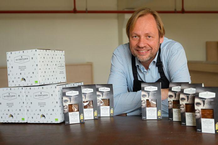 Zaakvoerder Leo Borms komt met een inventief systeem om de kwaliteit van zijn koekjes te waarborgen.