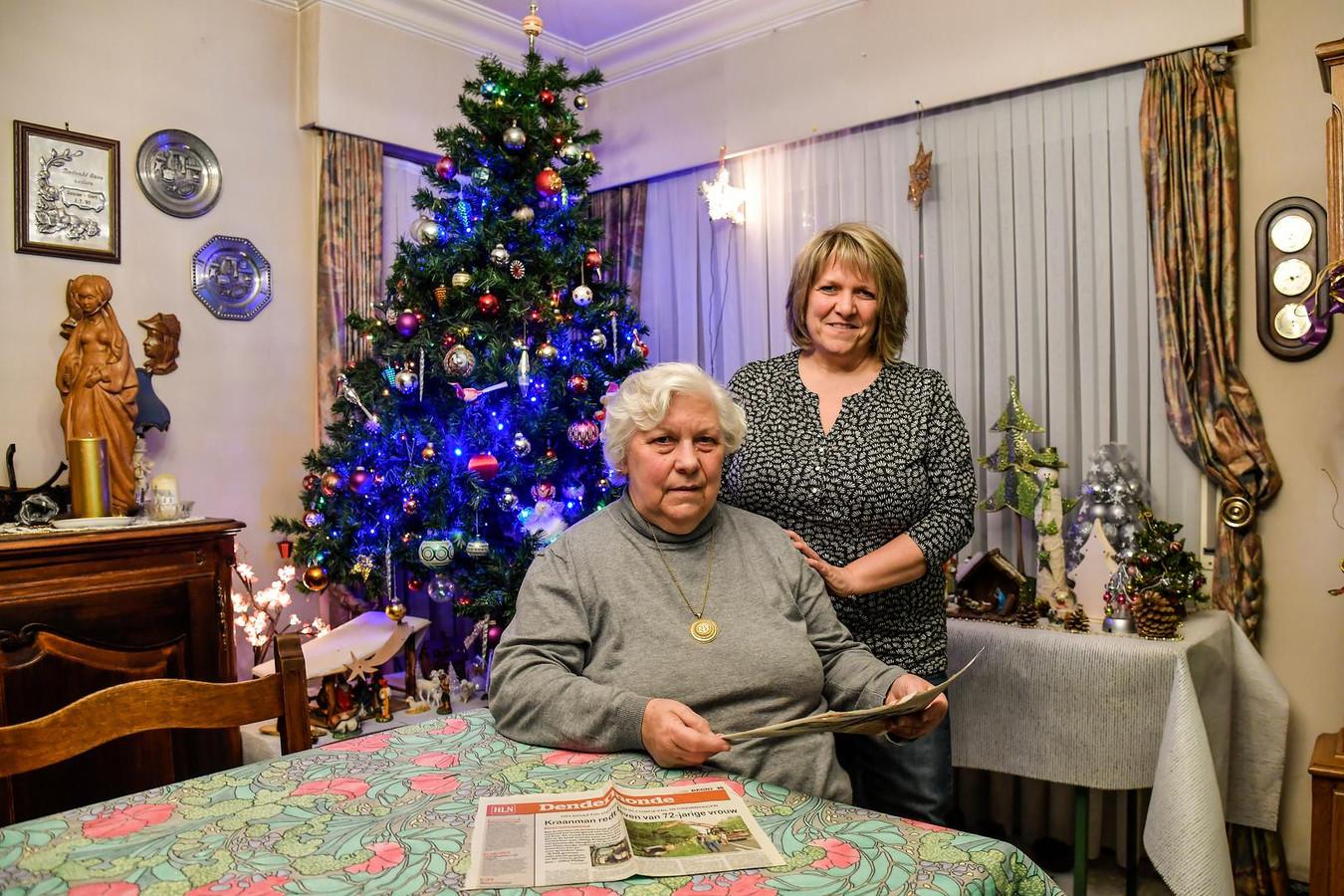 Marie-Louise Nies en haar dochter Els De Caluwé zijn kraanman Philip Kuppens (kleine foto) eeuwig dankbaar.