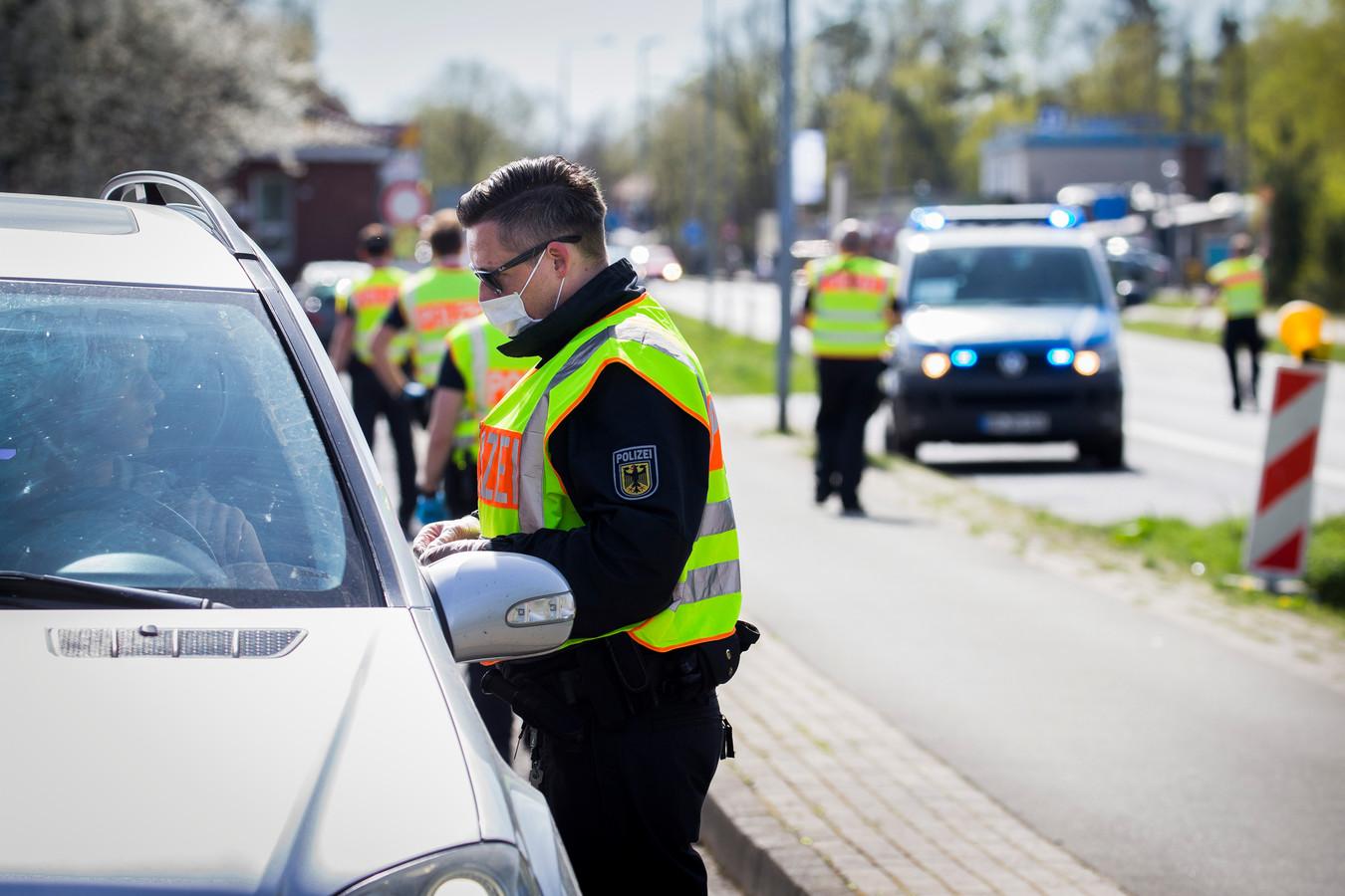 De Bundespolizei voert extra controles uit bij de grens.