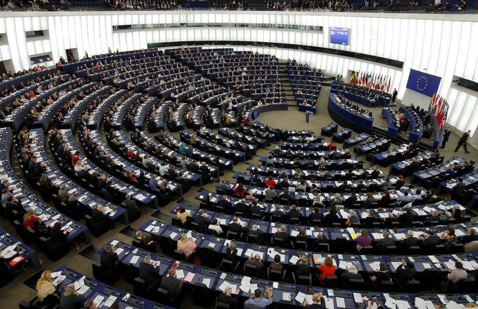 Europarlementariërs in de plenaire zaal te Straatsburg