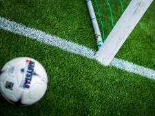 Rake klappen bij wedstrijd meisjesteams Tubantia en Colmschate: 'Zwarte dag voor meidenvoetbal'