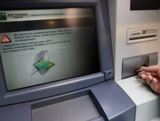 Bendelid dat bankkaarten oudere mensen stal krijgt mildere straf op verzet