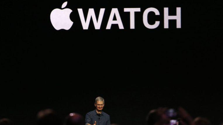 Apple-topman Tim Cook bij de presentatie vanavond in het Amerikaanse Cupertino. Beeld epa