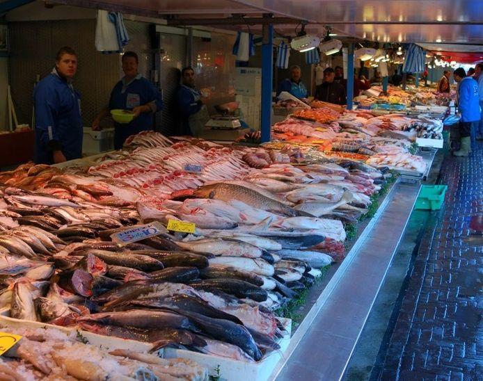 Vishandel op de markt