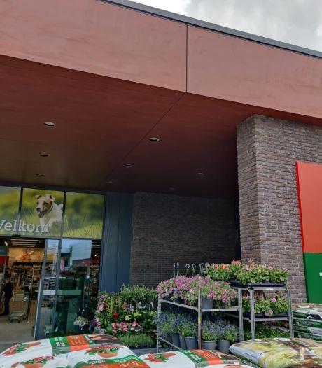 Boerenbond en Pets Place openen de nieuwe winkel op het KVL-terrein in Oisterwijk
