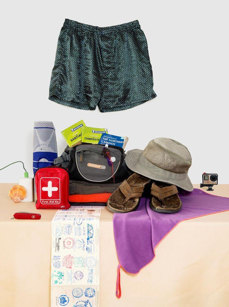 De spullen van Martin de Vries, meegenomen op de Camino Beeld Sanne Zurné