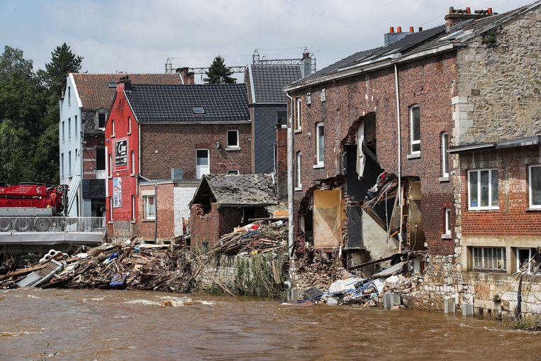 Verwoeste gebouwen in Pepinster. Beeld REUTERS