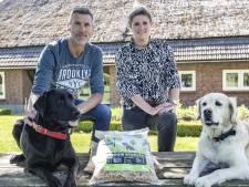 Honden watertanden bij de vegabrok uit Holten: 'Ze zijn er dol op'