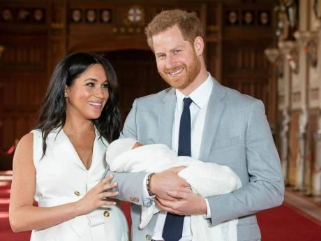Prins Harry geeft update over baby Archie: 'Groeit als kool'