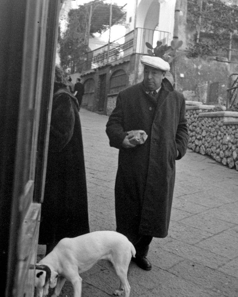 Neruda in 1952 in Capri, Italië. Beeld AP