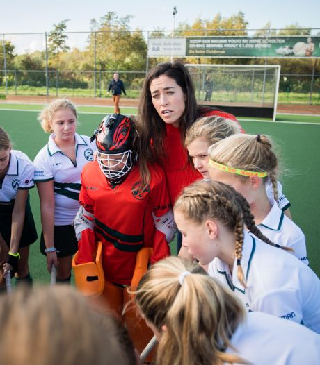 Hockeyclubs en corona-trainingen: 'Niet spugen of neus snuiten op het veld'