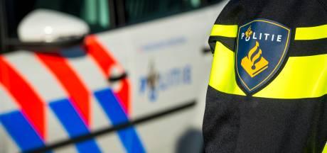 Beschonken Tilburger gooit steen door autoruit van partner, verdachte aangehouden
