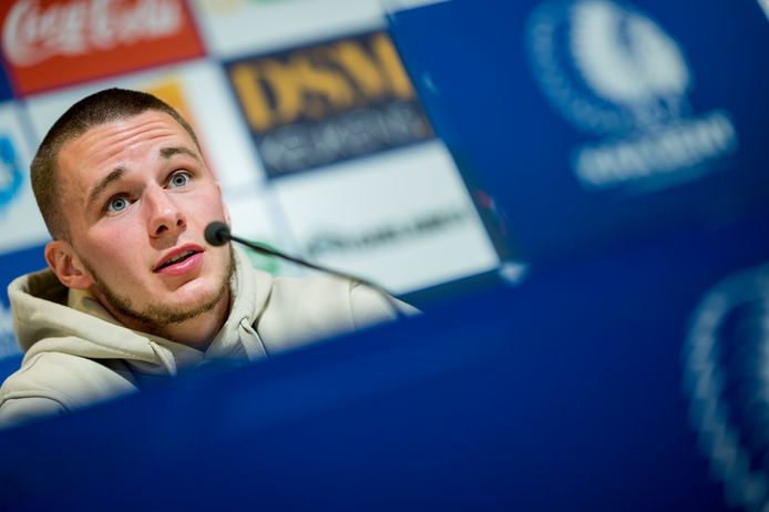 Alexandre De Bruyn op de persconferentie van AA Gent in aanloop naar de wedstrijd tegen Oostende.