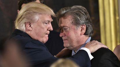 """Trumps chefstrateeg Bannon: """"Binnen vijf tot tien jaar zijn we in oorlog met China"""""""