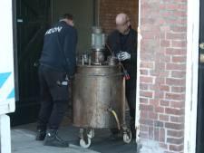 Mannen die volgens OM deel uitmaakten van hennepbende langer in voorarrest voor harddrugs