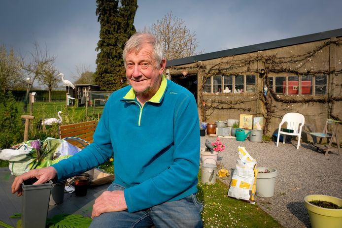 Freddy Vanden Wouwer stelt zijn tuin vrijdagmiddag open, voornamelijk voor gezinnen die zelf geen tuin hebben.