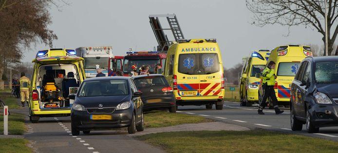 Beelden na de aanrijding in Coevorden.
