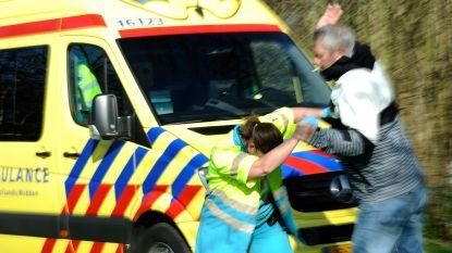 Automobilist bedreigt ambulancepersoneel tijdens reanimatie