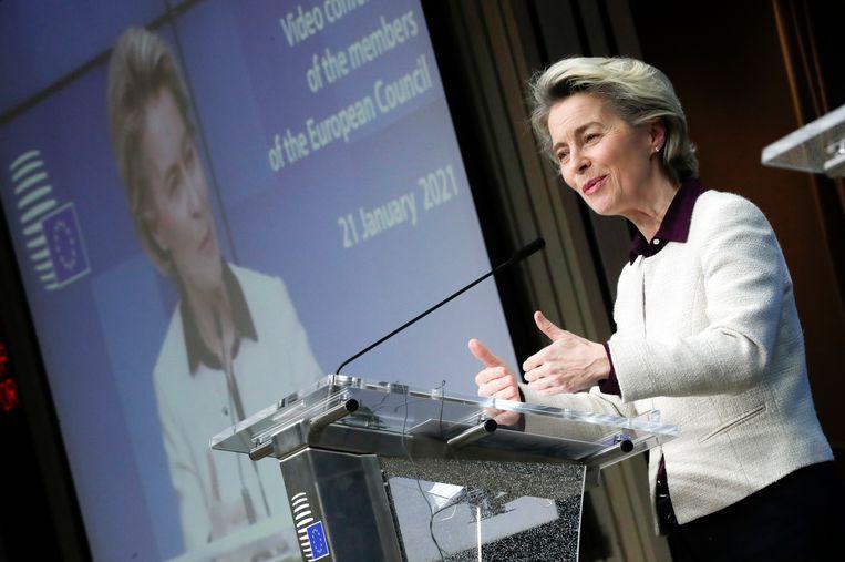 Voorzitter Ursula von der Leyen van de Europese Commissie na afloop van een ingelaste virtuele EU-top van regeringsleiders over de pandemie op 21 januari.  Beeld EPA