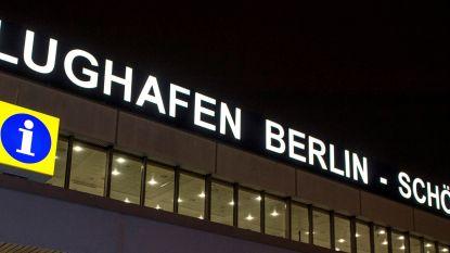 Alarm op luchthaven Berlijn wegens man met draden uit jas