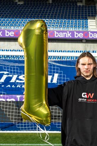 """Maarten Vandevoordt, de jongste doelman ooit in de Champions League, krijgt van ons verjaardagstaart: """"Courtois of Mignolet? Doe mij maar Neuer"""""""