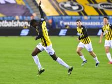 Antiheld Touré in blessuretijd het goudhaantje voor Vitesse tegen PEC Zwolle