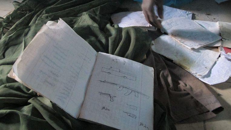 De documenten die persbureau AP in een huis in de Malinese stad Timboektoe vond. Beeld ap