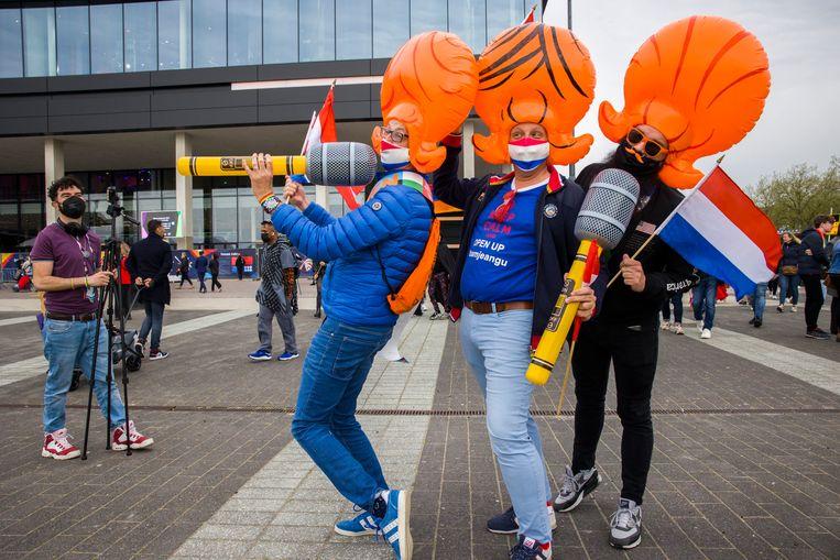 Rotterdam Bezoekers van het Eurovisie Songfestival in Rotterdam. Beeld Arie Kievit / de Volkskrant