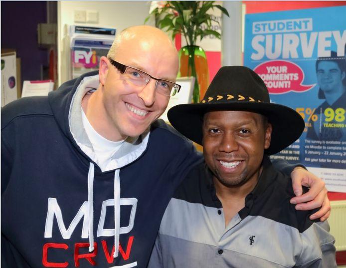 Nathan met Musical Youth toetsenist Michael Grant.