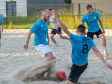 In de wereld van het beach socccer is Nederland een simpele amateur, maar: 'De sport is wel in opkomst'