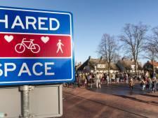 Nieuw verkeersbord in Wijbosch voor 'shared space-zone'