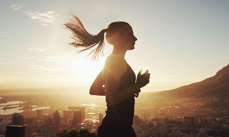 Onderzoek: zoveel kilometer moet je wekelijks lopen om af te vallen