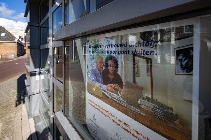 Het filiaal van Rabobank Kampen gaat ook na corona niet meer open. Het is een van de filialen die wordt gesloten nu online bankieren steeds meer terrein wint.