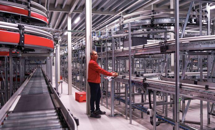 Het nieuwe geautomatiseerde distributiecentrum in Utrecht is het voorbeeld die op Nieuw Reijerwaard komt.